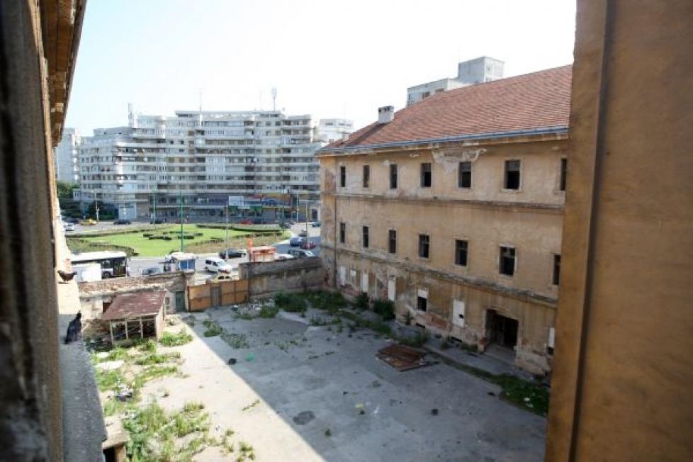 Lucrari de interventie in cazarma 1166 Bucuresti