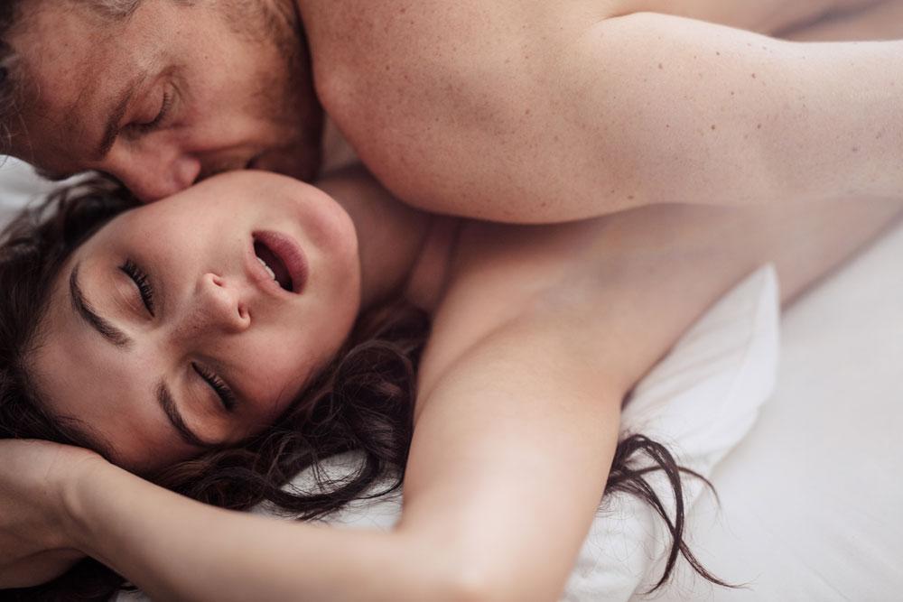 o erecție se oprește în timpul actului sexual)