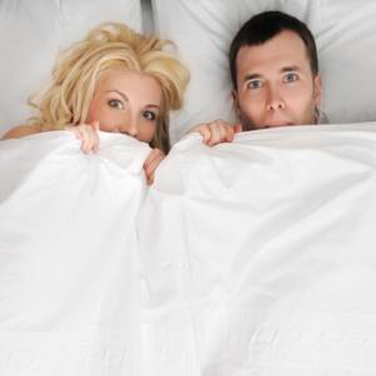de ce bărbații fac erecții dimineața