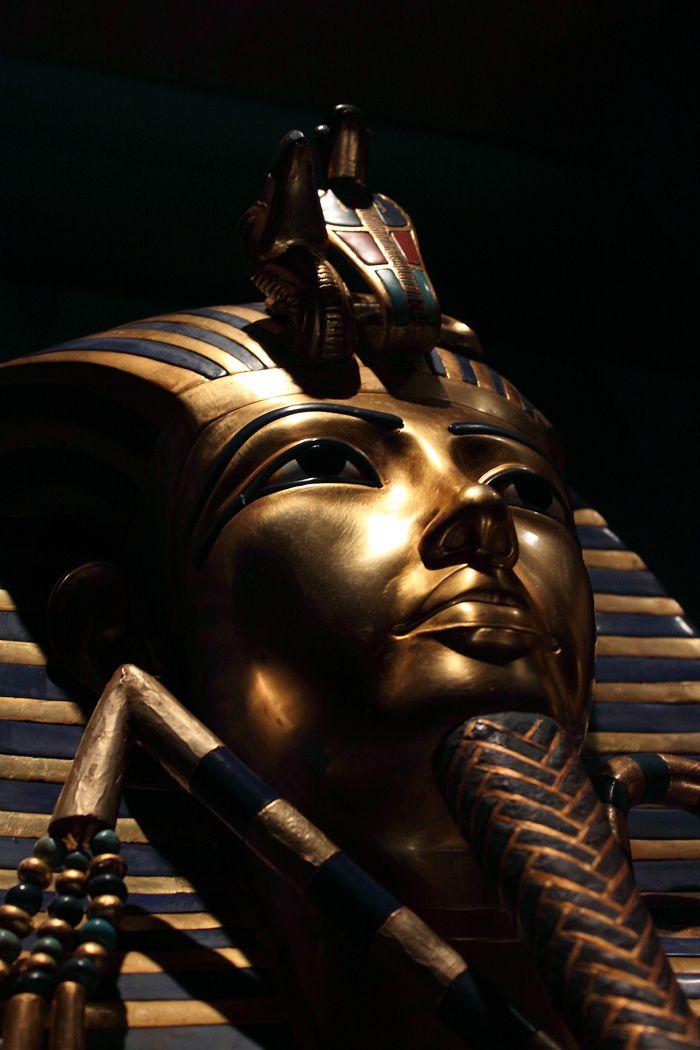 Misteric antic elucidat:de ce a fost ingropat Tutankhamon cu penisul in erectie? – saig86