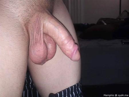 un băiat de 20 de ani are penis