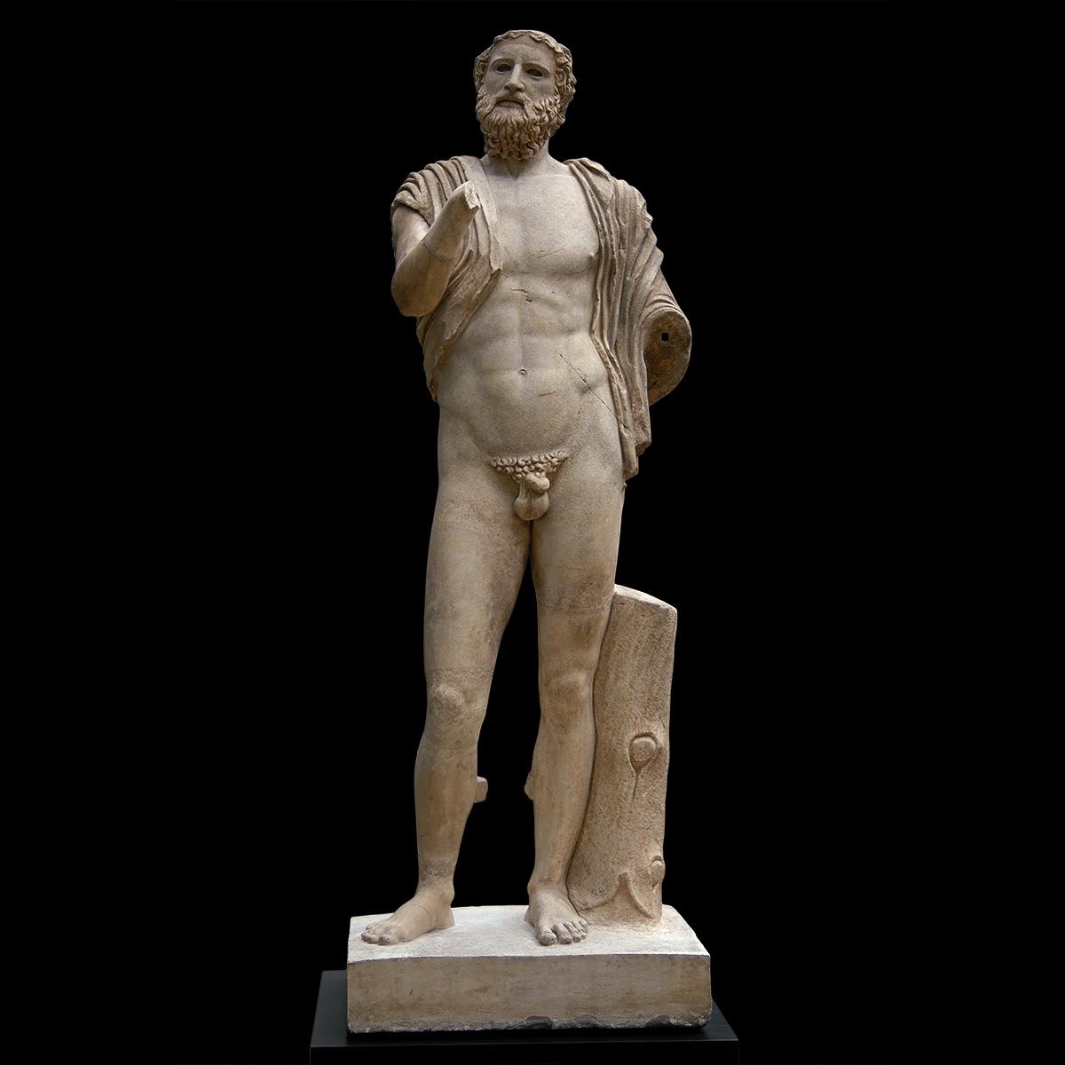 penis masculin în sculptură